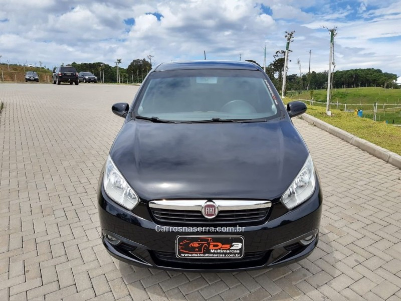 grand siena 1.4 mpi attractive 8v flex 4p manual 2013 flores da cunha
