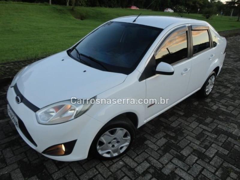 fiesta 1.6 mpi class sedan 8v flex 4p manual 2013 tres coroas