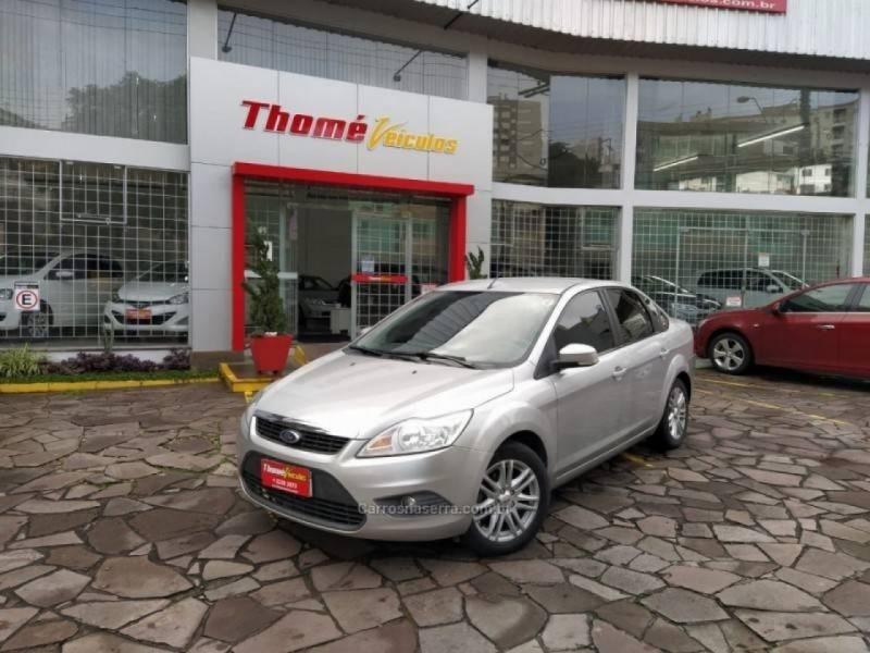 focus 1.6 gl sedan 16v flex 4p manual 2013 caxias do sul