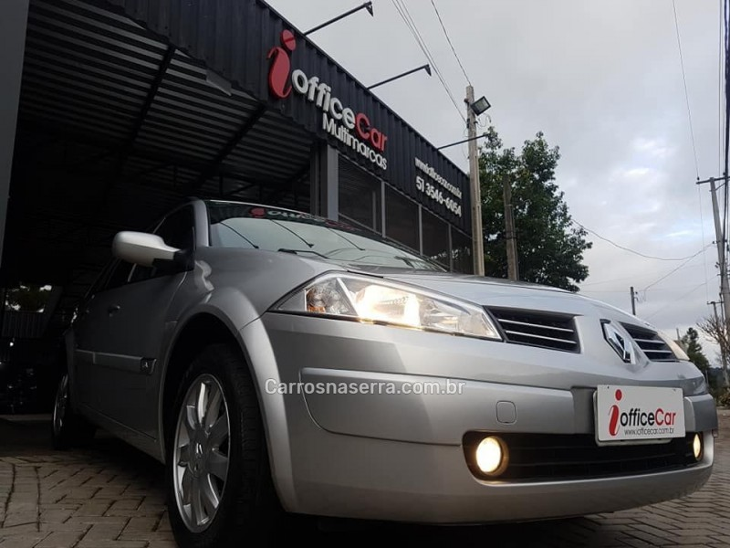 megane 1.6 dynamique grand tour 16v flex 4p manual 2012 tres coroas