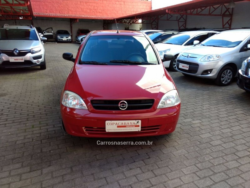 corsa 1.0 mpfi maxx sedan 8v flex 4p manual 2006 caxias do sul