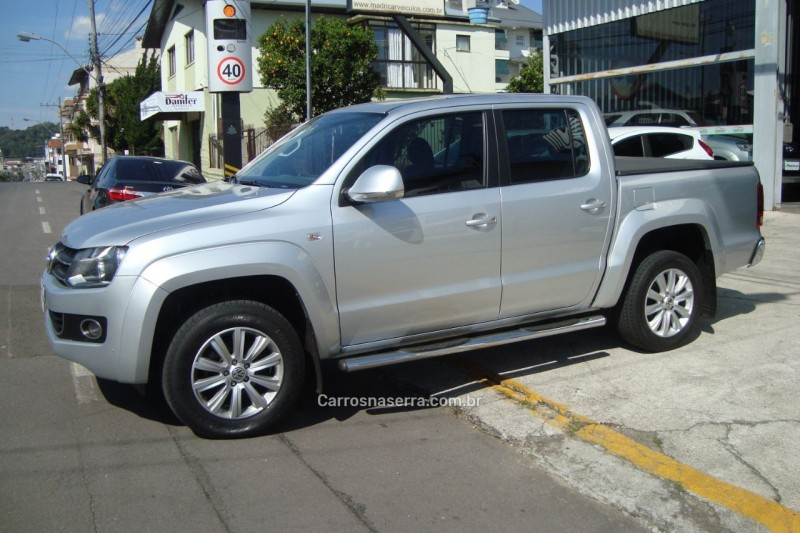 amarok 2.0 highline 4x4 cd 16v turbo intercooler diesel 4p automatico 2013 flores da cunha