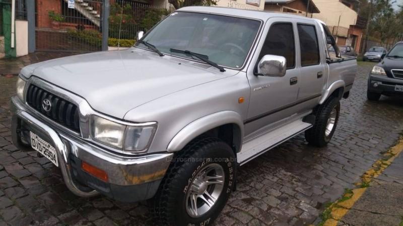 hilux 3.0 sr 4x4 cd 8v turbo diesel 4p manual 2003 caxias do sul