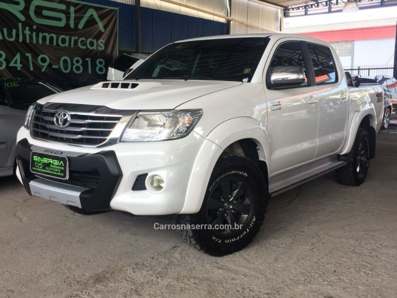 hilux 3.0 srv top 4x4 cd 16v turbo intercooler diesel 4p automatico 2013 caxias do sul