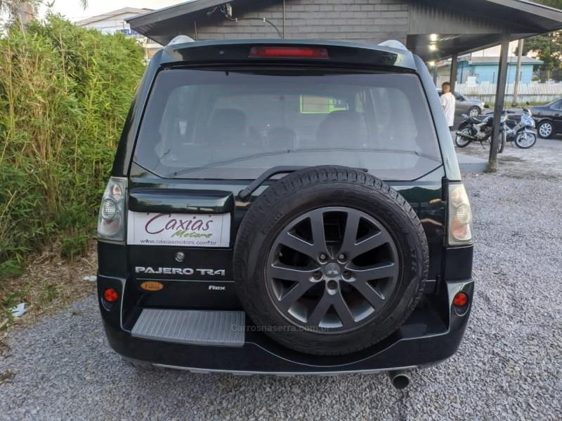 PAJERO TR4 2.0 4X4 16V 140CV FLEX 4P AUTOMÁTICO - 2012 - CAXIAS DO SUL