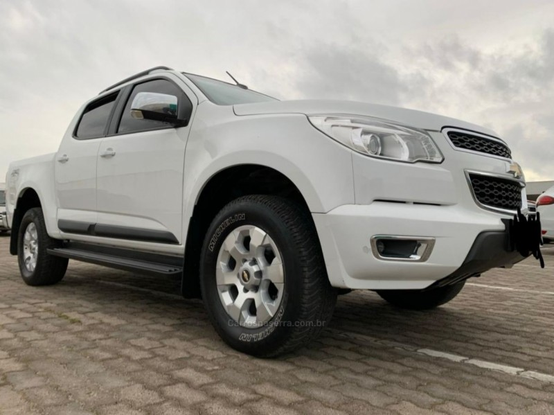 s10 2.8 ltz 4x4 cd 16v turbo diesel 4p automatico 2014 caxias do sul