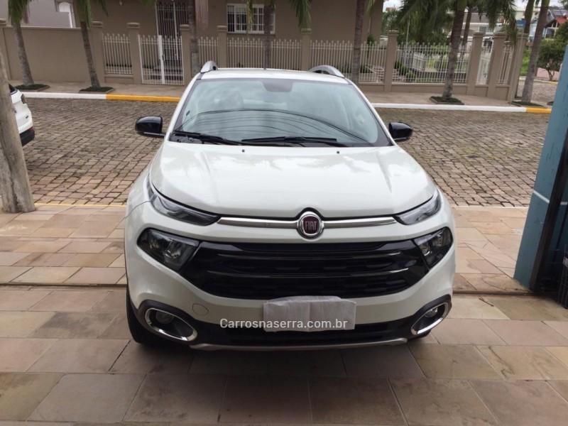 toro 2.0 16v turbo diesel volcano 4wd automatico 2018 carlos barbosa