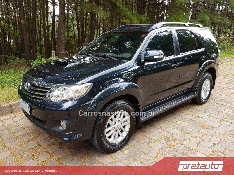hilux sw4 3.0 srv 4x4 7 lugares 16v turbo intercooler diesel 4p automatico 2013 nova prata