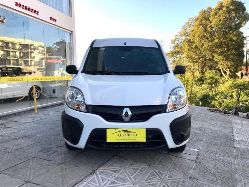 kangoo 1.6 express 16v flex 4p manual 2018 caxias do sul