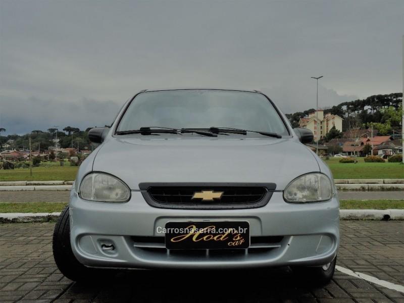 corsa 1.0 mpfi classic sedan life 8v flex 4p manual 2010 canela
