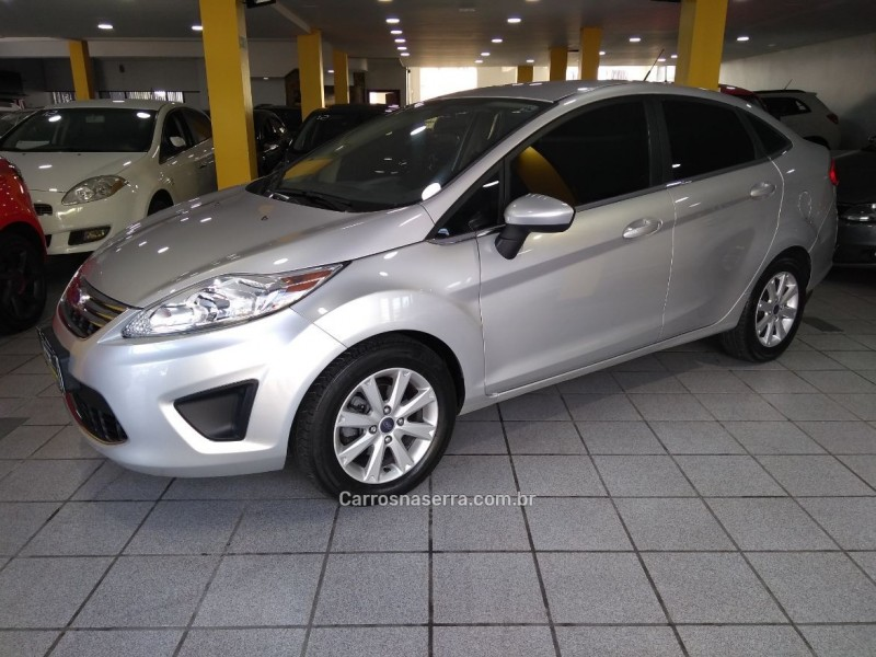 fiesta 1.6 se sedan 16v flex 4p manual 2011 caxias do sul