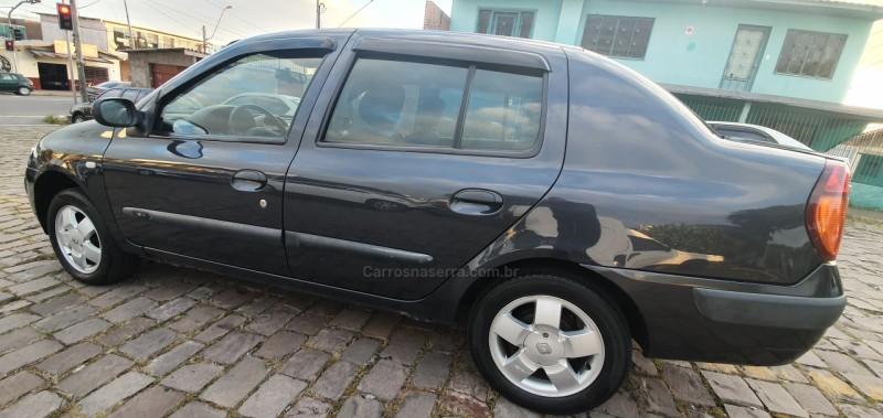 clio 1.6 privilege 16v gasolina 4p manual 2004 caxias do sul