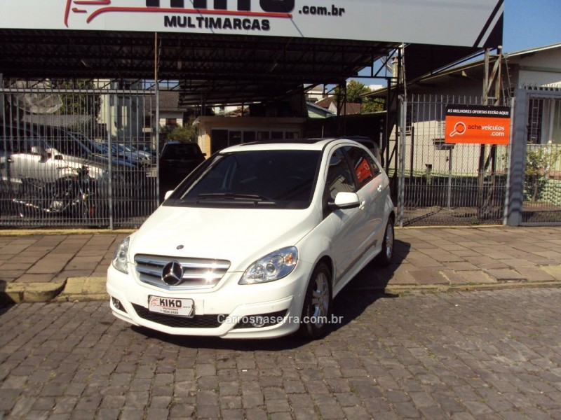 b 180 1.7 family plus 8v gasolina 4p automatico 2010 caxias do sul