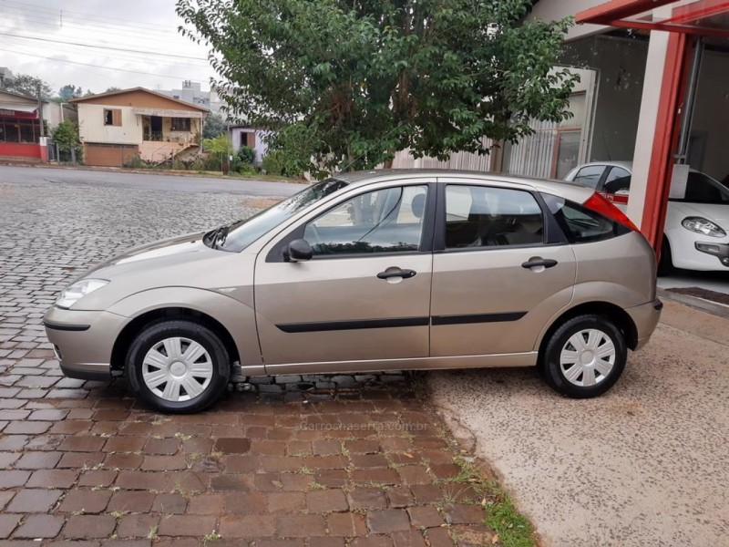focus 1.6 gl 8v flex 4p manual 2008 guapore