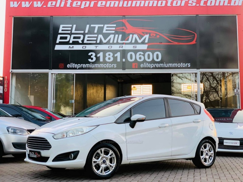 fiesta 1.5 se hatch 16v flex 4p manual 2014 estancia velha