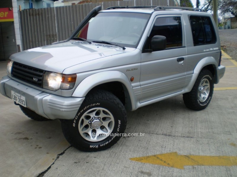 pajero 3.0 gls b 4x4 v6 24v gasolina 2p manual 1997 caxias do sul