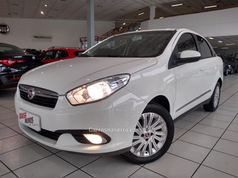 grand siena 1.6 mpi essence 16v flex 4p manual 2015 caxias do sul