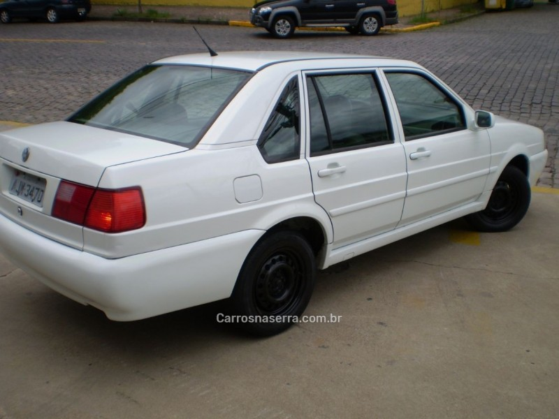 santana 1.8 mi 8v gasolina 4p manual 2001 caxias do sul