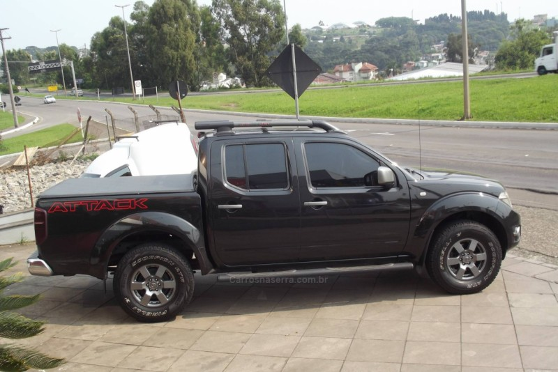FRONTIER 2.5 SV ATTACK 4X4 CD TURBO ELETRONIC DIESEL 4P MANUAL - 2014 - FARROUPILHA