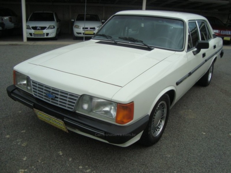 opala 2.5 comodoro sl e 8v alcool 4p manual 1990 caxias do sul