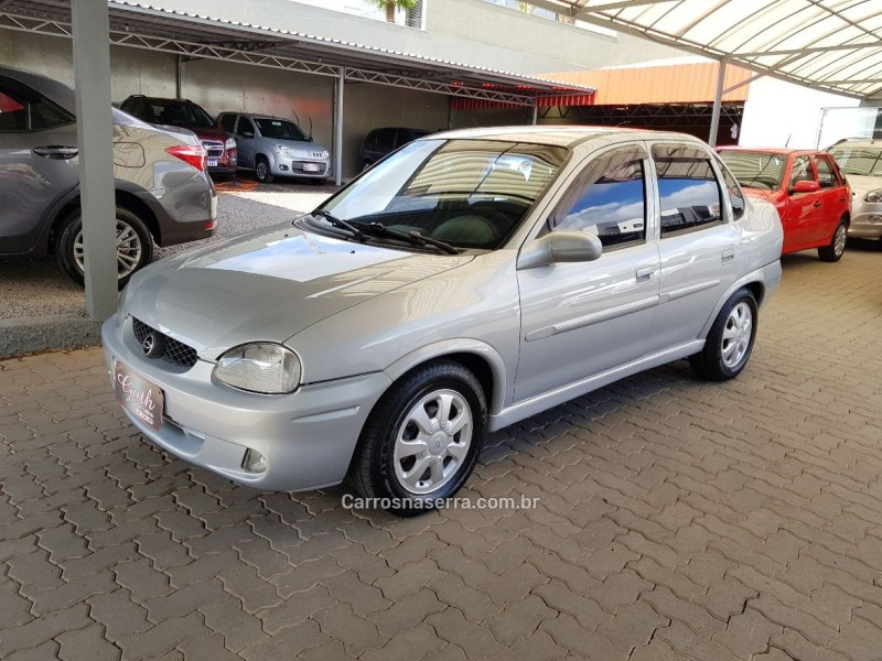 corsa 1.6 mpfi gls sedan 16v gasolina 4p manual 2001 bom principio