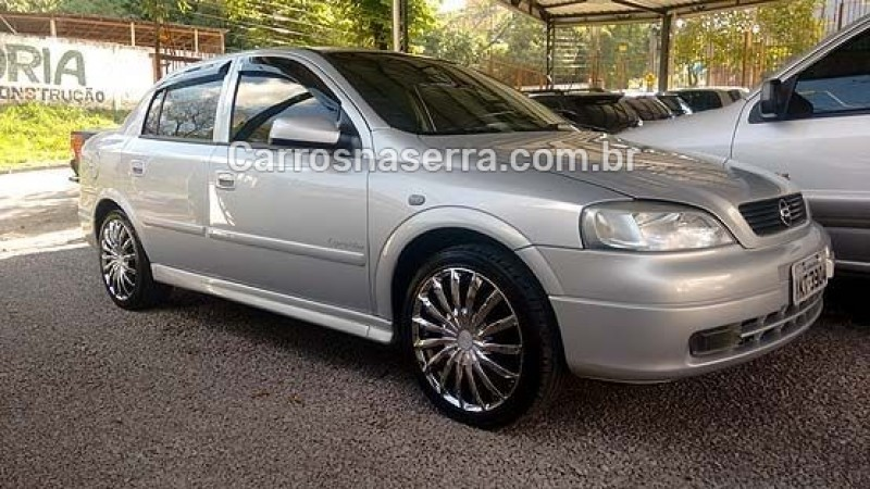 astra 2.0 mpfi expression sedan 8v gasolina 4p manual 2002 caxias do sul
