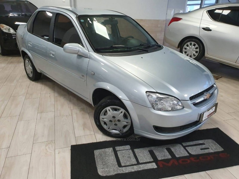 classic 1.0 mpfi ls 8v gasolina 4p manual 2011 caxias do sul