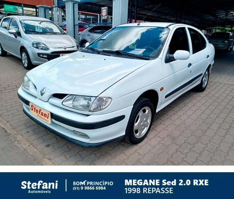 megane 2.0 rxe sedan 16v gasolina 4p manual 1998 bom principio