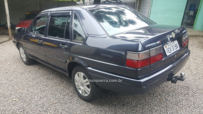 SANTANA 2.0 MI 8V GASOLINA 4P MANUAL - 1996 - CAXIAS DO SUL