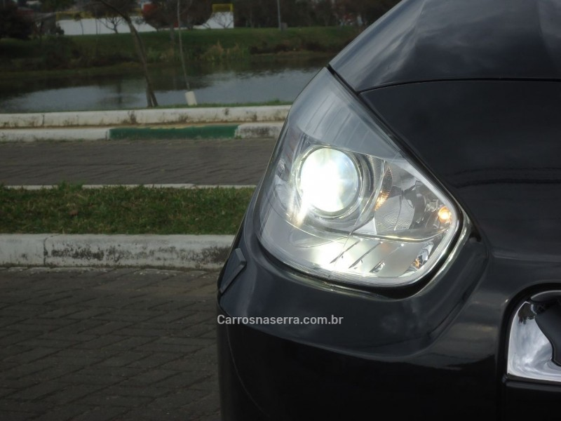FLUENCE 2.0 GT 16V TURBO GASOLINA 4P MANUAL - 2011 - CANELA