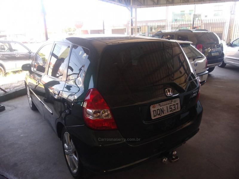 fit 1.4 lx 8v gasolina 4p manual 2006 caxias do sul