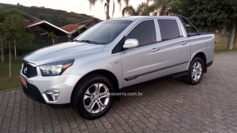 actyon sports 2.0 gls 4x4 cd 16v turbo intercooler diesel 4p automatico 2013 caxias do sul