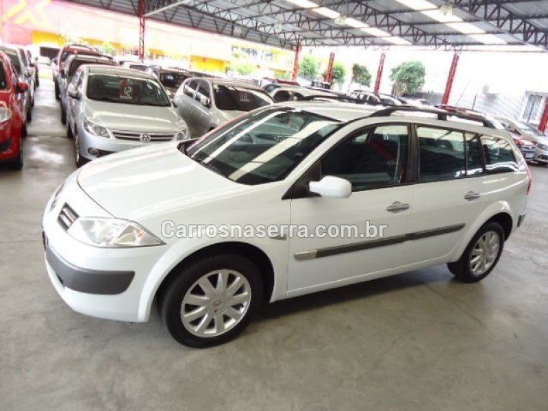 megane 1.6 dynamique grand tour 16v flex 4p manual 2013 caxias do sul
