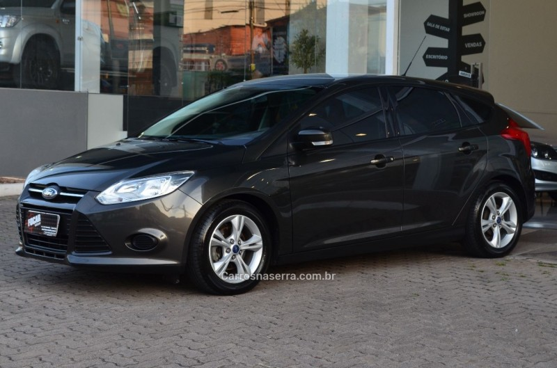 focus 1.6 s 16v flex 4p powershift 2014 caxias do sul