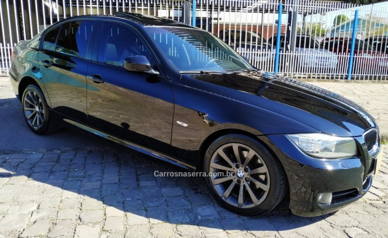 320I 2.0 16V GASOLINA 4P AUTOMÁTICO - 2010 - CAXIAS DO SUL