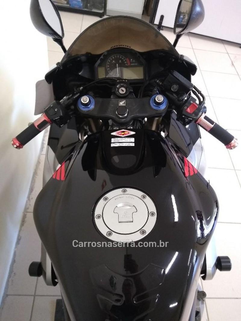 CBR 600RR  - 2006 - GARIBALDI