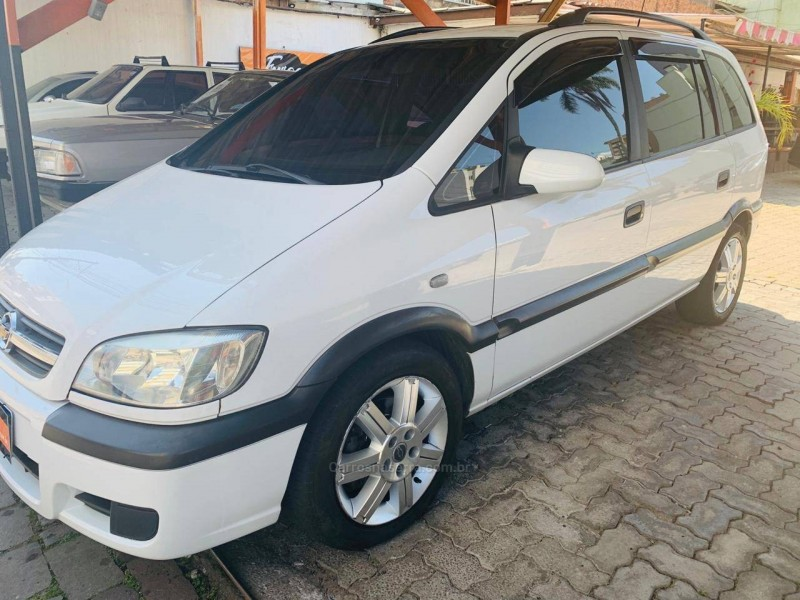 zafira 2.0 mpfi comfort 8v flex 4p manual 2010 caxias do sul