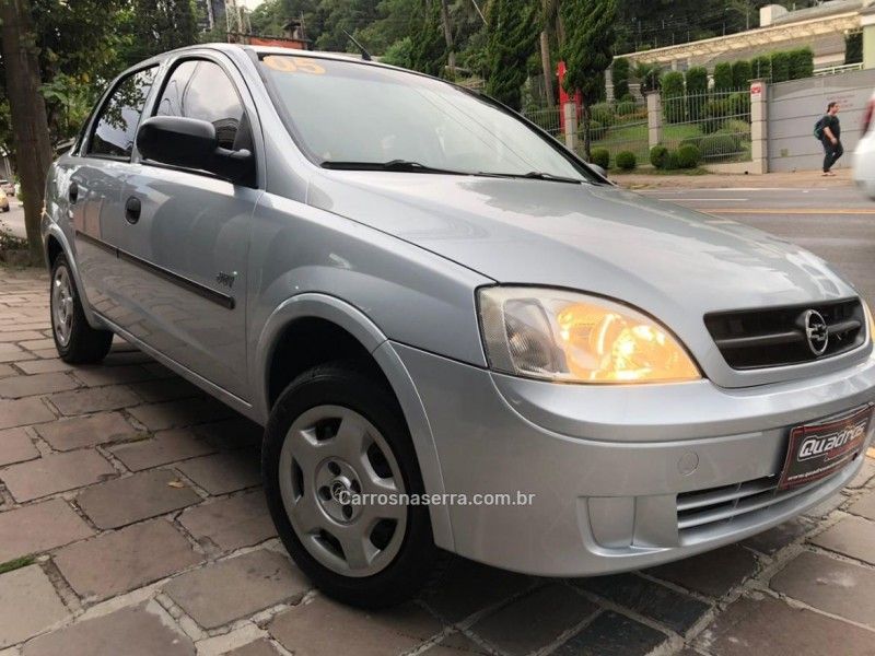 corsa 1.0 mpfi joy sedan 8v flex 4p manual 2005 caxias do sul