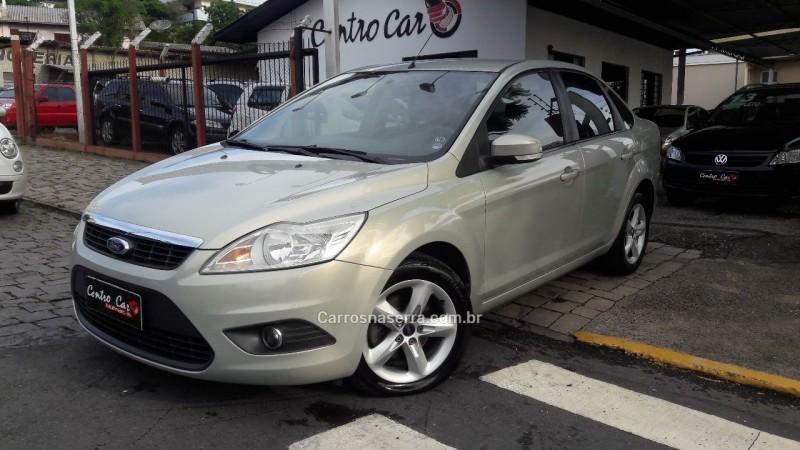 focus 2.0 glx sedan 16v gasolina 4p automatico 2010 caxias do sul