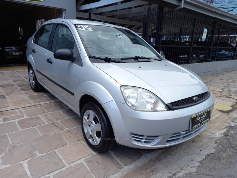 fiesta 1.6 mpi sedan 8v flex 4p manual 2005 caxias do sul