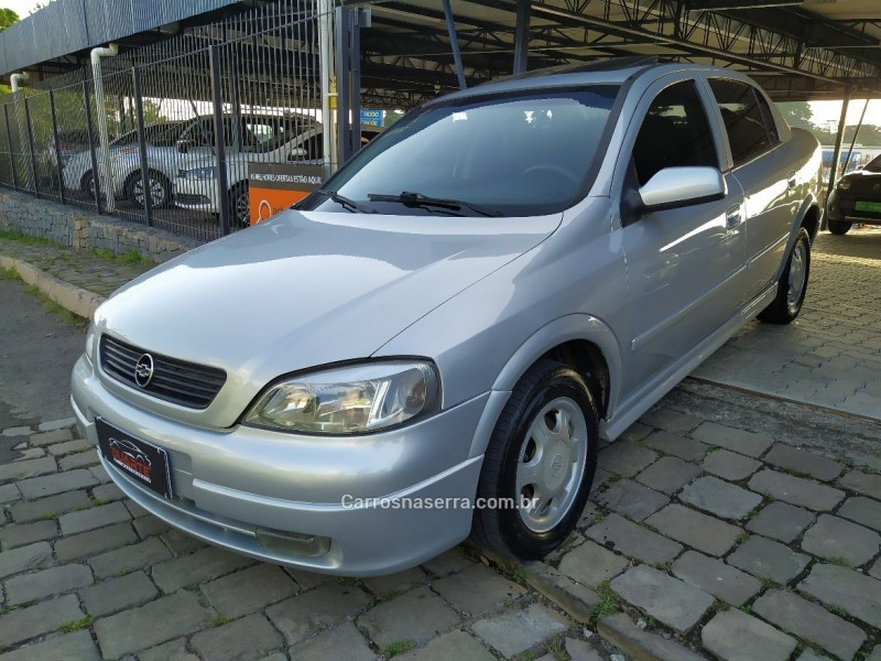 astra 2.0 mpfi gls sedan 8v gasolina 4p manual 2000 caxias do sul