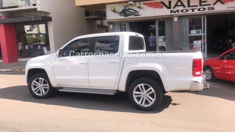 amarok 2.0 highline 4x4 cd 16v turbo intercooler diesel 4p automatico 2015 garibaldi