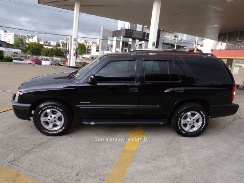 BLAZER 2.4 MPFI ADVANTAGE 4X2 8V GASOLINA 4P MANUAL - 2006 - CAXIAS DO SUL