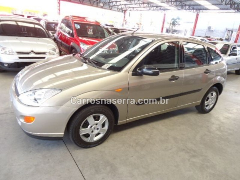 focus 1.8 gl 16v gasolina 4p manual 2003 caxias do sul