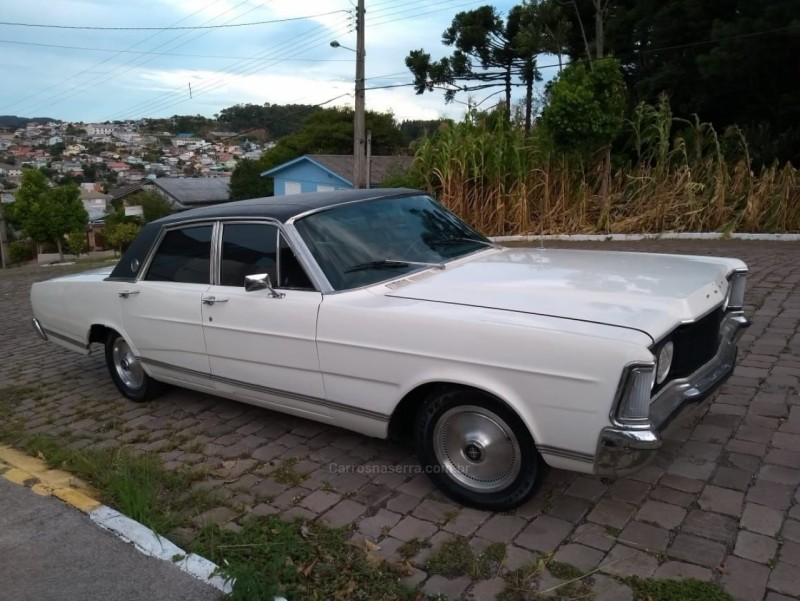 GALAXIE 4.8 LTD V8 16V GASOLINA 4P MANUAL - 1977 - FARROUPILHA
