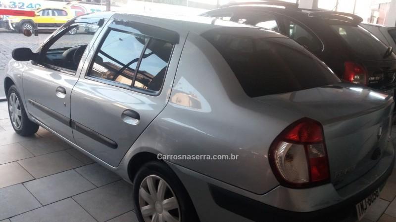CLIO 1.6 EXPRESSION SEDAN 16V GASOLINA 4P MANUAL - 2005 - CAXIAS DO SUL