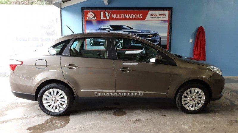 siena 1.6 mpi essence 16v flex 4p manual 2014 caxias do sul