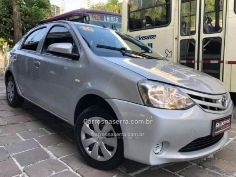 etios 1.5 xs sedan 16v flex 4p manual 2016 caxias do sul