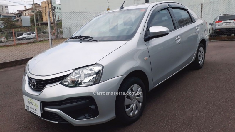 etios 1.5 xs sedan 16v flex 4p manual 2018 bento goncalves