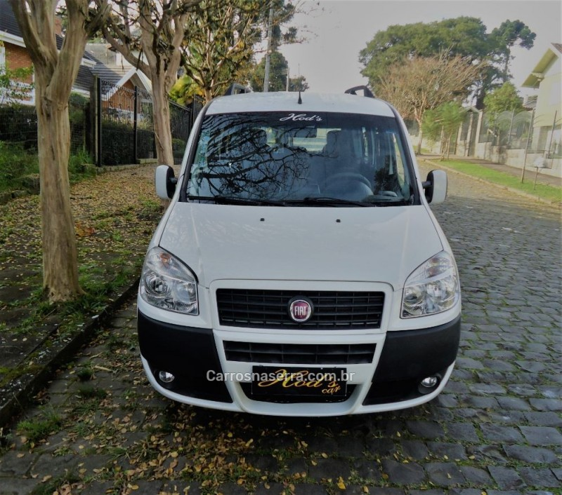 doblo 1.8 mpi essence 16v flex 4p manual 2015 canela